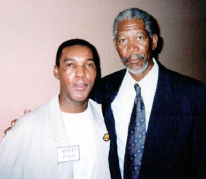 pix-morgan.freeman-lw.jpg